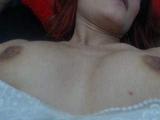 alahna- redhead young cam girl being naughty and seductive on a live webcam