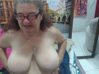 esmeraldacute redhead mature cam girl being naughty and seductive on a live webcam