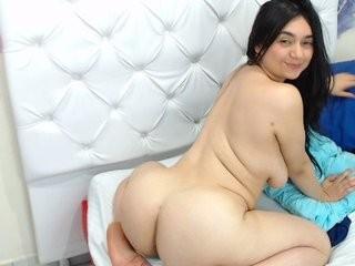 foxystarx show live sex via webcam