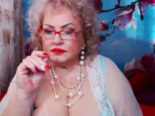 neongloss BBW milf cam girl teasing her pussy live on sex cam