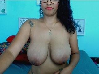 alexasexycute Latino slut masturbating live on a webcam