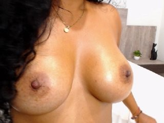 melisa-diosa the most beautiful brunette live on sex cam