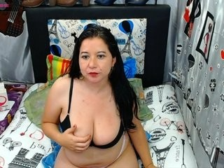 bubieserot bisexual fucking boys and girls live on sex camera