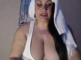milkyana mature cam girl slut that gives the sloppiest blowjobs live on sex cam