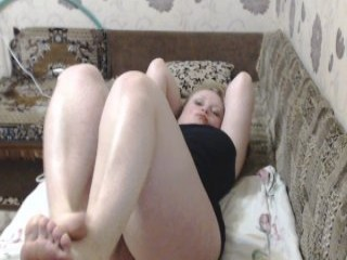 kohska42 redhead mature cam girl being naughty and seductive on a live webcam