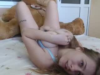 onebigkiss young cam girl doing the sexiest things in her private chat room