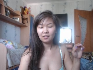 liliandra the most beautiful brunette young cam girl live on sex cam