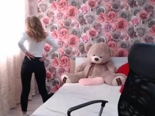 mia_cartoon show live sex via webcam