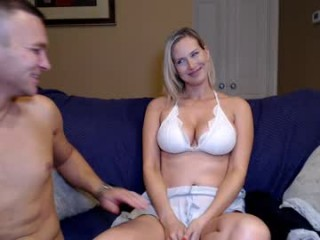 kb3301 blonde and her wet little pussy, live on webcam