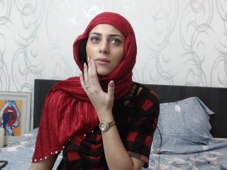 muslimaisha show live sex via webcam