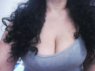 sweetvaleria the most beautiful brunette mature cam girl live on sex cam