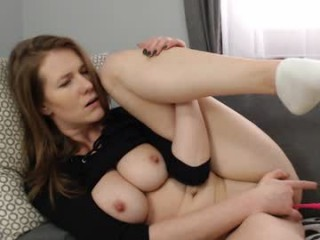 dirtysecretgirl1 with an ohmibod slutting it up live on camera