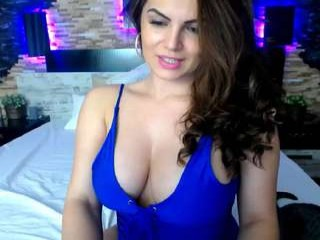 annya_ English milf cam girl enjoys masturbating for you, live on a webcam