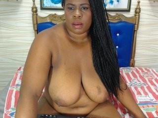 wonderdiana the most beautiful brunette live on sex cam