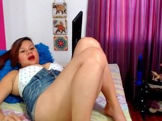 jiggypuff the most beautiful brunette live on sex cam