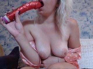 liliya010 young girl who like to show live sex via webcam