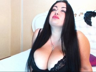 valeriwow the most beautiful brunette live on sex cam