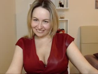 vivian_soul bisexual milf cam girl fucking boys and girls live on sex camera
