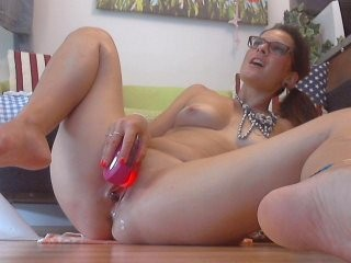 kinkymoni live sex chat XXX action with young cam girl using hot toys