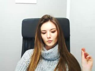 niki_a show live sex via webcam