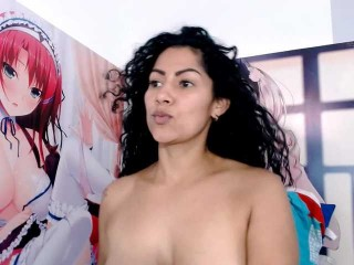 xiomara-curly the most beautiful brunette live on sex cam
