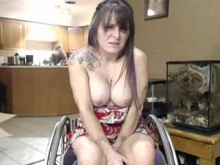 hotwheeler milf cam girl with an ohmibod slutting it up live on camera