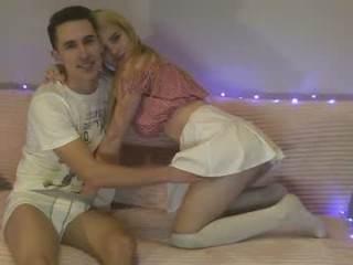 _passion_show_ teen couple doing everything you ask them in a sex chat
