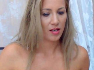 susanjewel XXX cam live cum show with a horny little young cam girl