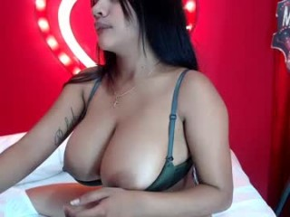 carolinalovehot pretty young cam girl slut doing all the hottest things on XXX cam