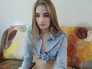 jjennys sweet XXX cam action with teen and her perfect ass
