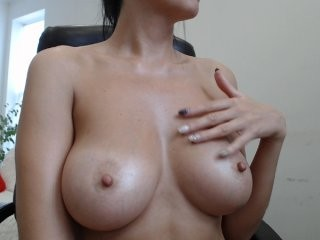 pro100iren the most beautiful brunette live on sex cam
