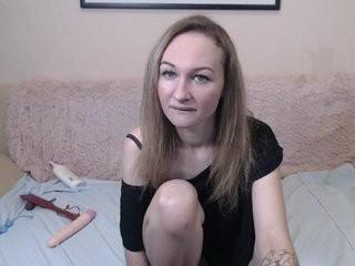 cherryxtina show live sex via webcam