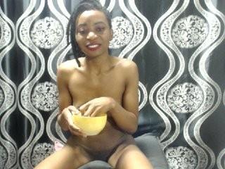 vanessablackx show live sex via webcam