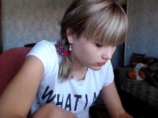 your-joy young girl who like to show live sex via webcam