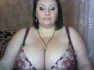 smuglaea the most beautiful brunette live on sex cam