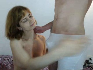 kiniks young cam girl couple doing everything you ask them in a sex chat