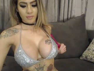 exotic69dreamz playful doing all the naughtiest things on XXX cam