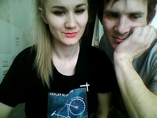 shugar-sol young cam girl couple doing everything you ask them in a sex chat