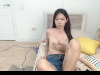 tristanat naked getting wetter and wetter for you live on sex chat