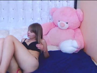 victoriavink pretty young cam girl slut doing all the hottest things on XXX cam