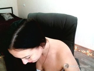 belladonna14 doing it solo, pleasuring her little pussy live on webcam