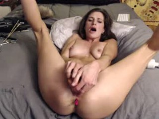 foxy_playwithme bisexual mature cam girl fucking boys and girls live on sex camera