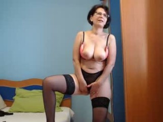 elacoquette mature live sex via webcam
