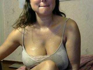 evalov doing it solo, pleasuring her little pussy live on webcam