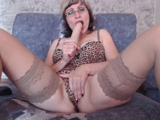 melanierush the most beautiful brunette mature cam girl live on sex cam