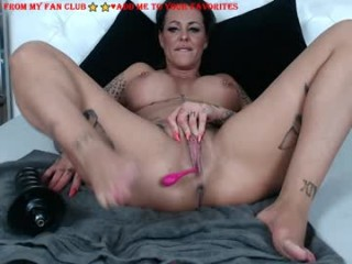 hotmilfbitch bisexual milf cam girl fucking boys and girls live on sex camera