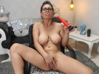 kimvegas Latino young cam girl slut masturbating live on a webcam