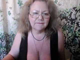 empresslady blonde and her wet little pussy, live on webcam
