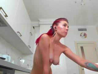 tonyfoxy redhead young cam girl being naughty and seductive on a live webcam