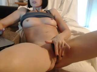 sexycat34 English mature cam girl enjoys masturbating for you, live on a webcam